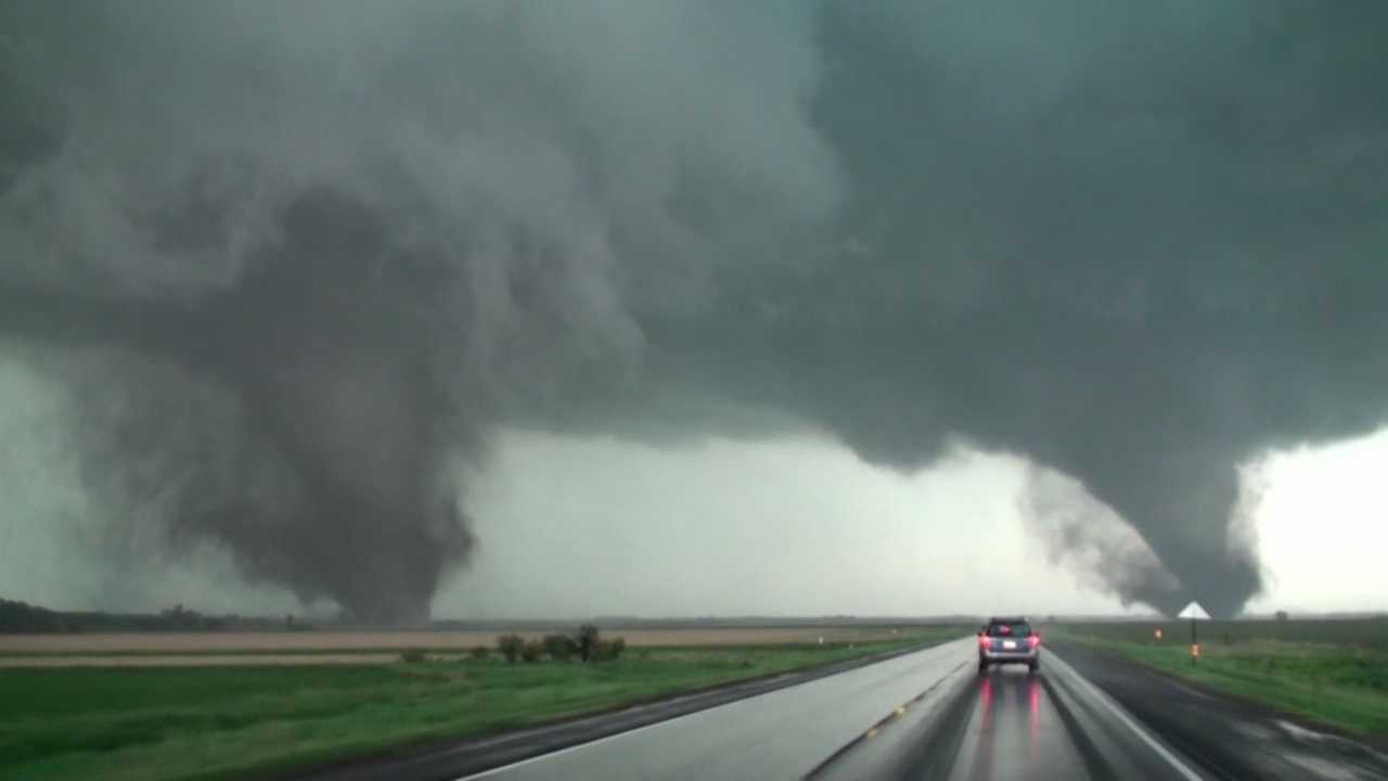 Iowa storm chasers capture twin tornadoes