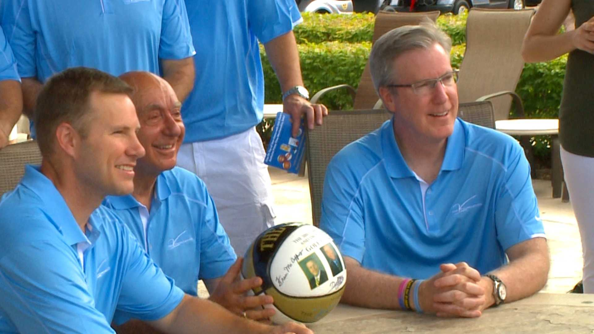 McCaffery, Vitale, and Hoiberg attend Cancer fundraising event