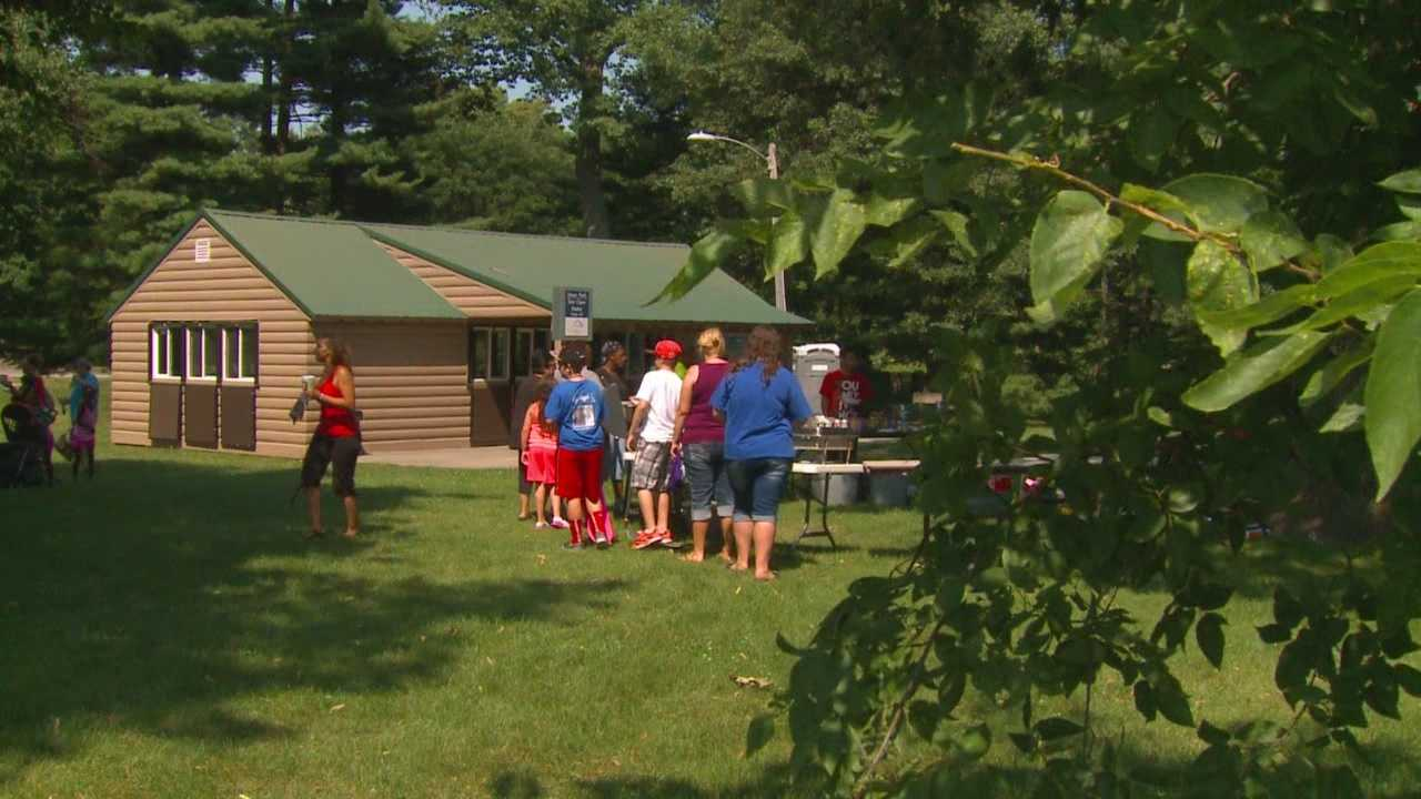 Picnic honors slain teenager
