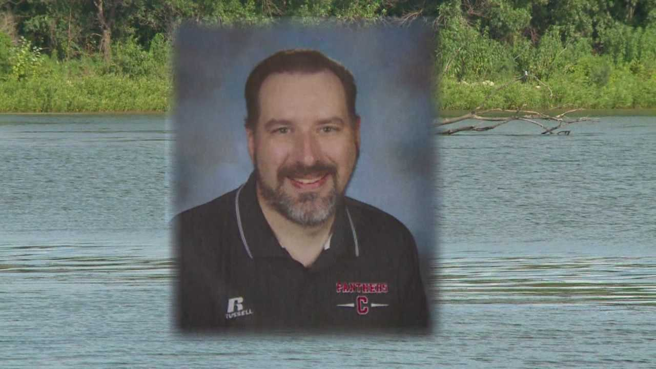 Communitiy mourns the death of beloved teacher