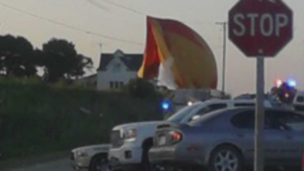 Experts talk about hot air balloon crash into powerlines