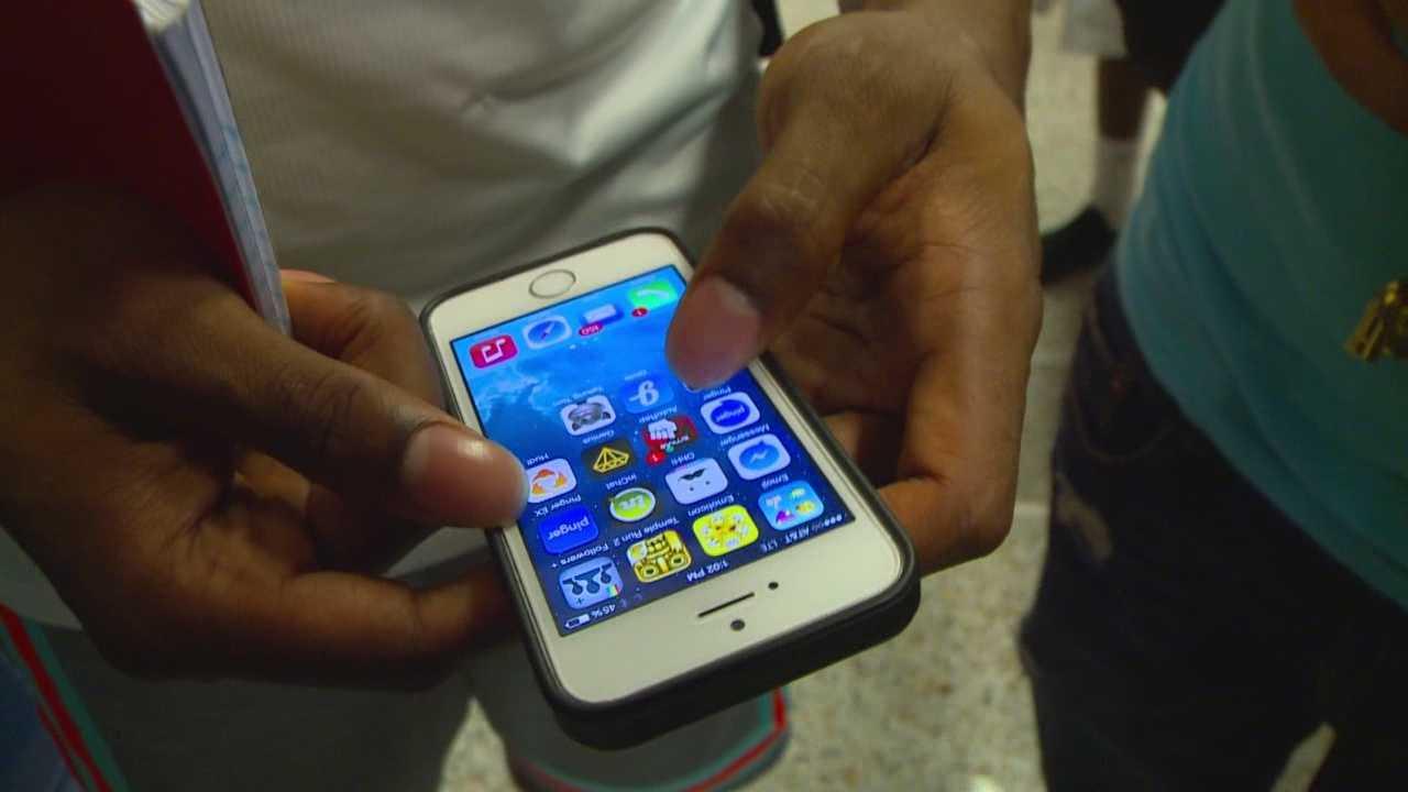 High school cracks down on cellphone use