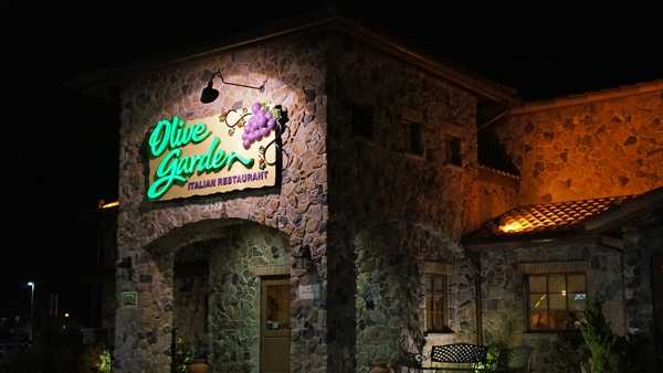Menu For Olive Garden: Olive Garden's New Menu Starts Today, With Breadstick