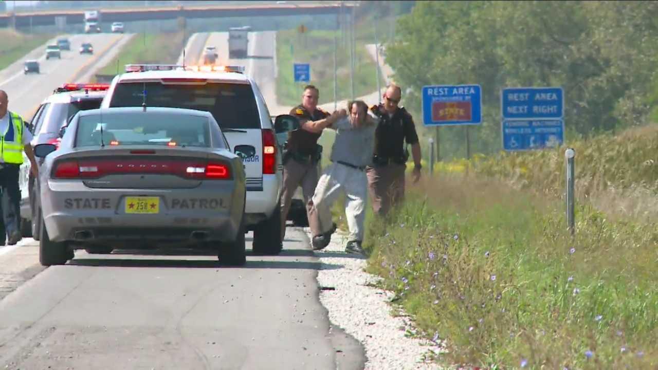 KCCI exclusive: Man arrested at end of 120 mph chase.