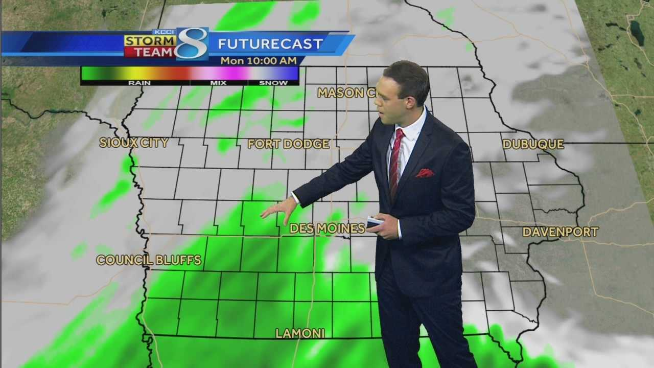 KCCI 8 News at 5:30 weather forecast.