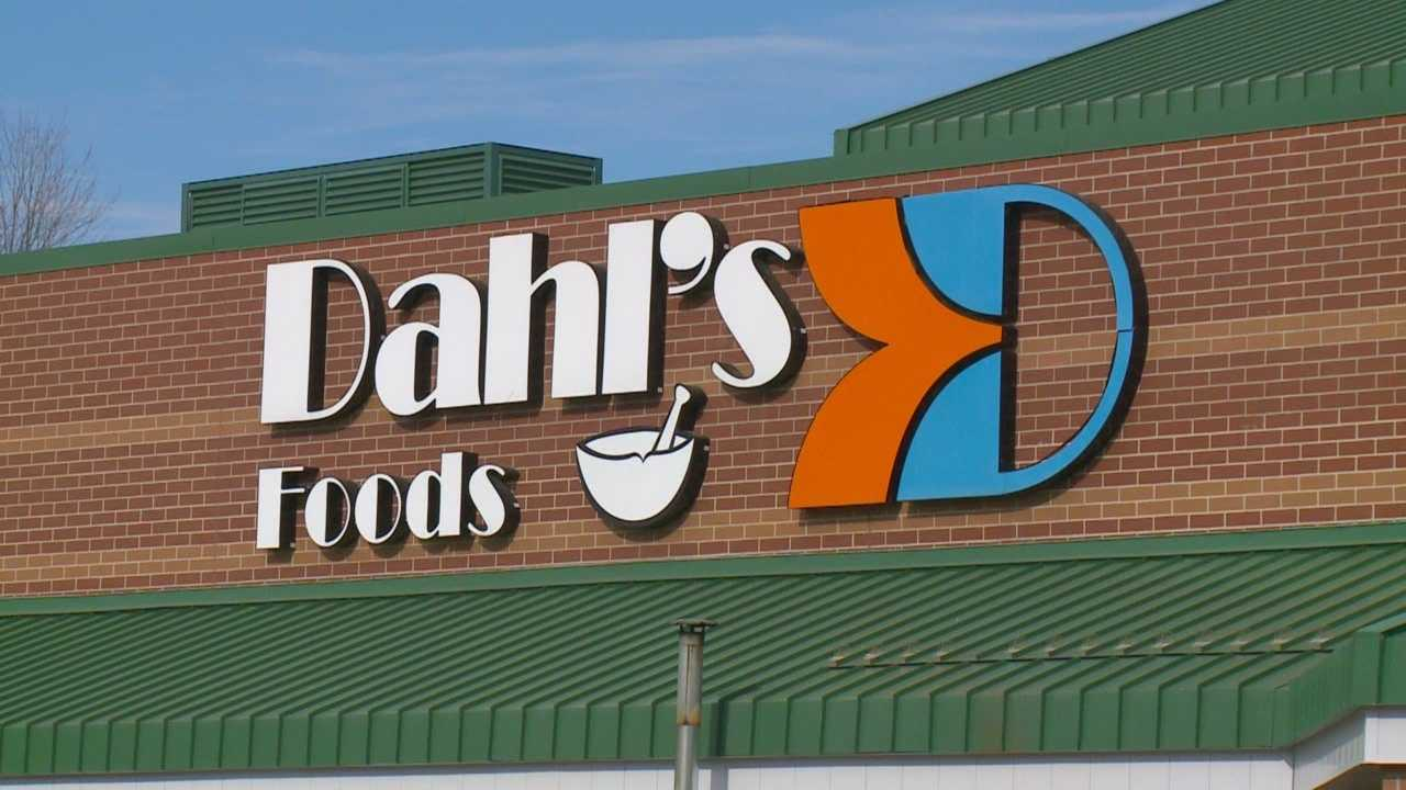 A longtime Des Moines grocery chain says it has filed for bankruptcy.