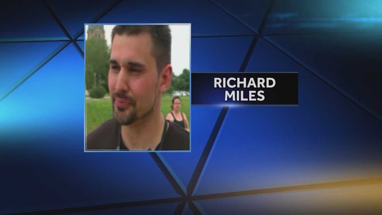The death of Army and Iraq War veteran Richard Miles has raised questions as to the quality of care he received in Iowa and in Washington.
