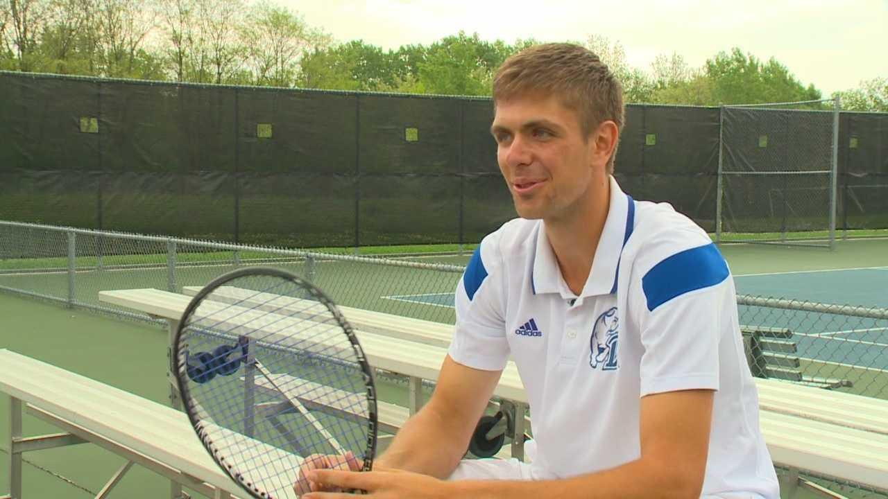 Bosnian tennis player becomes Drake honor athlete