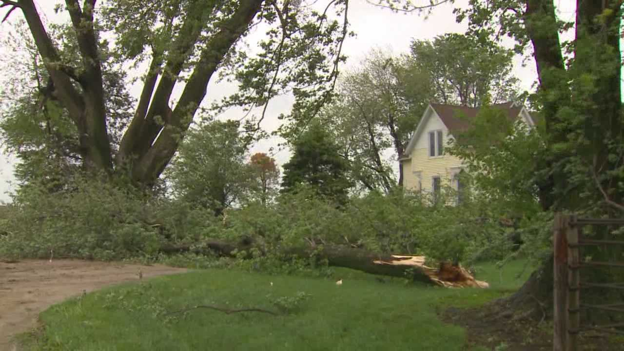 Iowans describe waking up to Sunday's severe storms and are thankful it wasn't worse.
