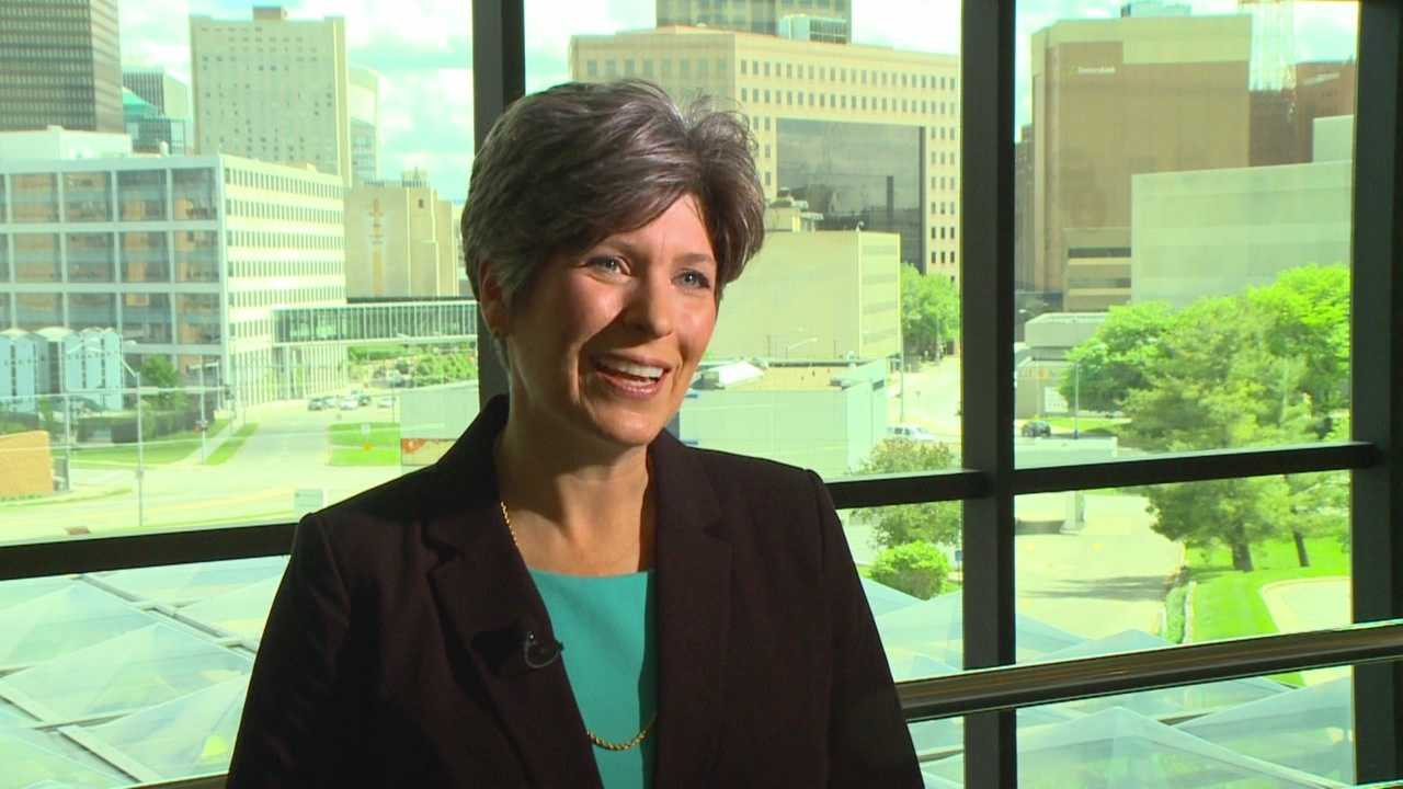 U.S. Sen. Joni Ernst stopped by KCCI Sunday. She said she enjoyed hearing from all the Republican presidential contenders at Saturday's Lincoln Day Dinner and she spoke of her planned town hall meetings to discuss the bird flu.