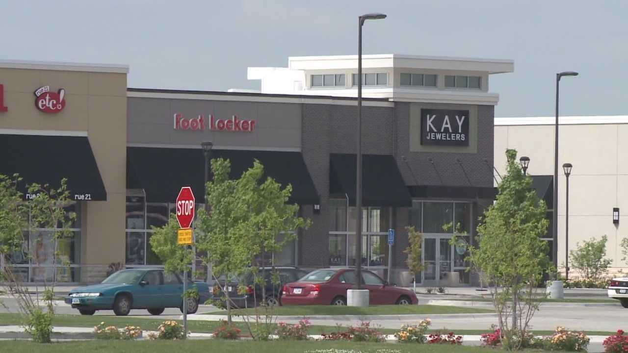 Southridge Mall is holding a number of events in an effort to revitalize business and draw people to the south side of Des Moines.