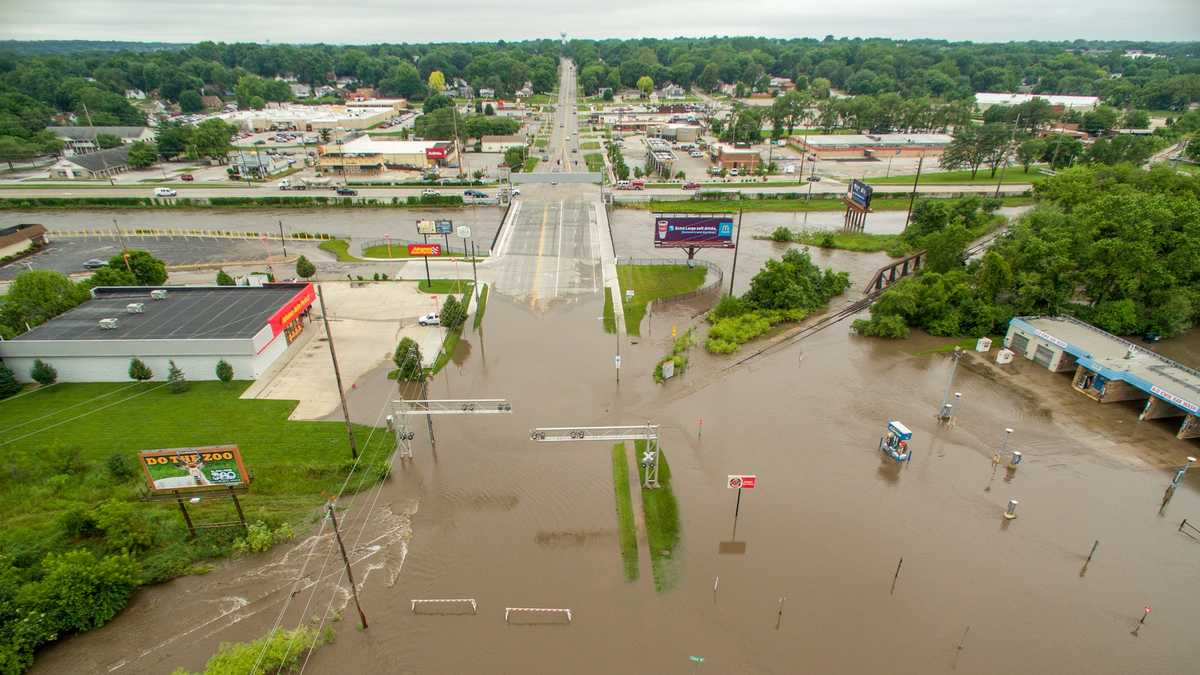 NEW photos: View flooding in Des Moines from the air