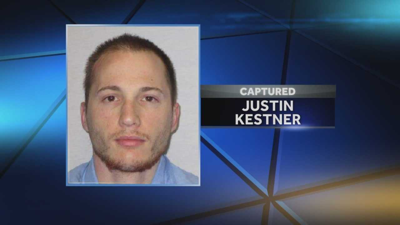 An inmate escaped from the Iowa State Penitentiary in Fort Madison early Sunday morning.