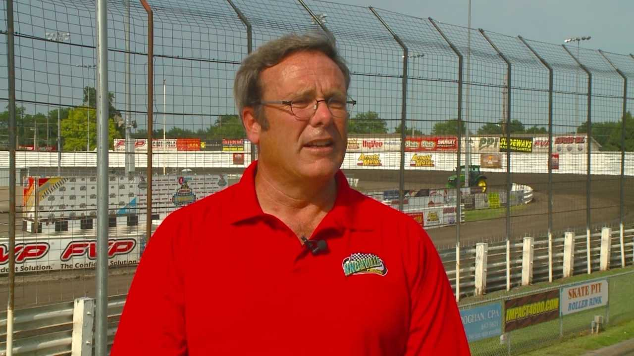 The general manager of Knoxville Raceway has resigned from his position in protest of the delay of a proposed $7.4 million expansion at the facility.