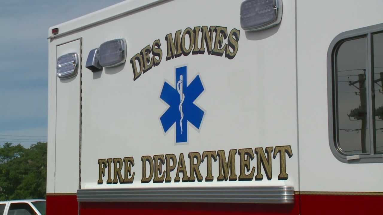 A staffing controversy is heating up between Des Moines firefighters and city leaders.