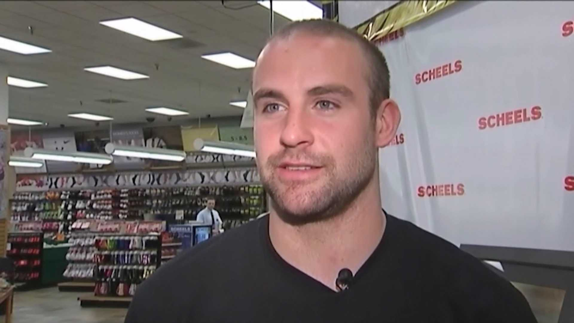 Former Iowa Hawkeye and NY Giants safety Tyler Sash