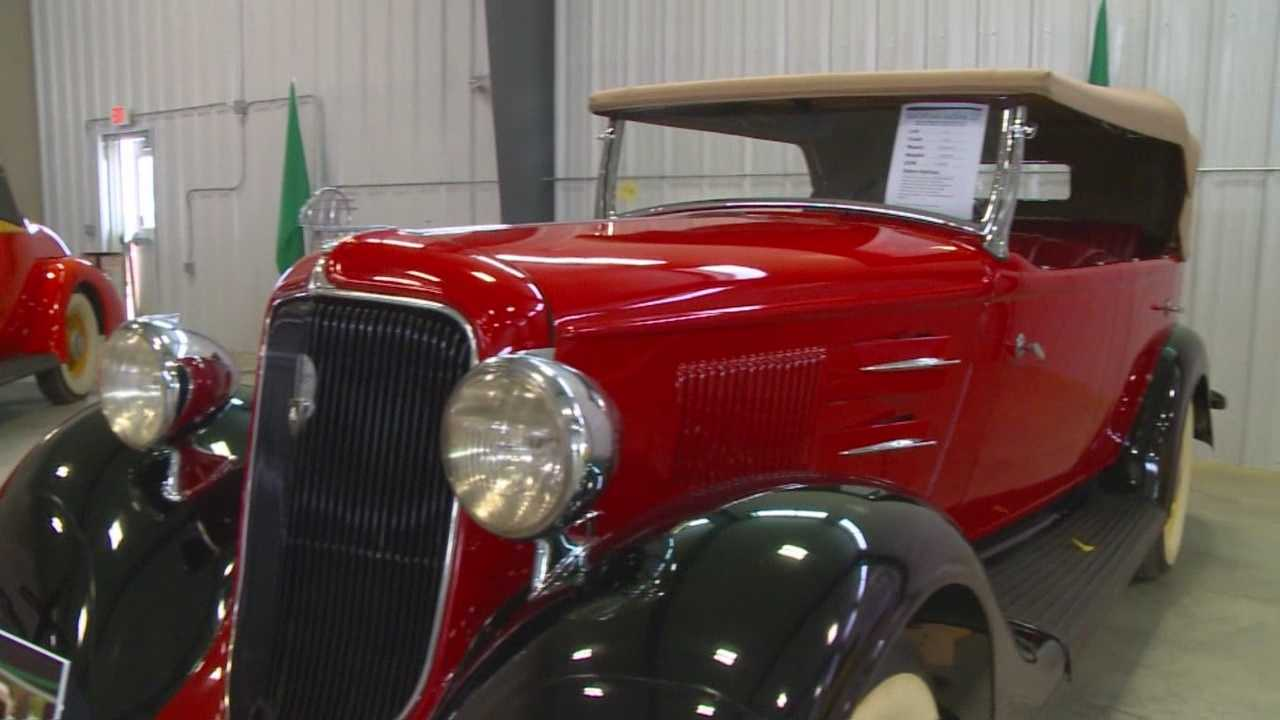 The family of an Iowa car collector is auctioning off dozens of antique vehicles he purchased over at least six decades.