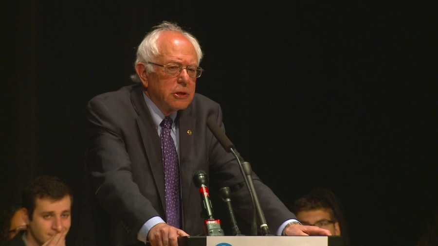 Sanders struck a chord with crowd in Waukee