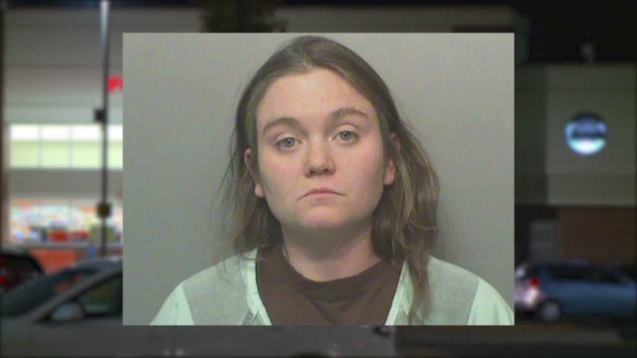 A Des Moines mother faces child endangerment charges after she allegedly beat her toddler in a Hy-Vee parking lot.