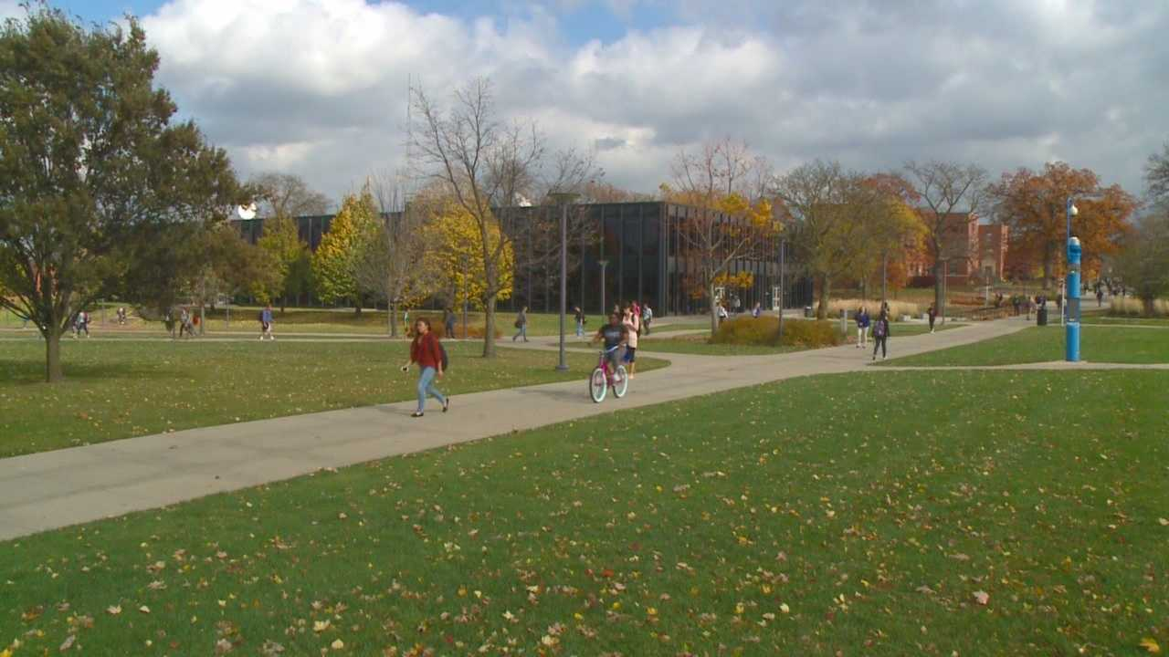 KCCI's Emmy Victor spoke with local college students who struggle to pay for their education.