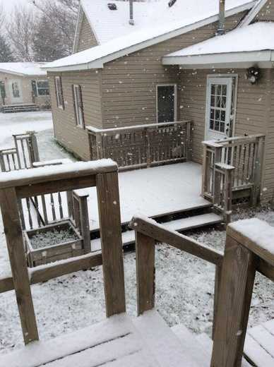 9 a.m. snow in Barnum in Webster County