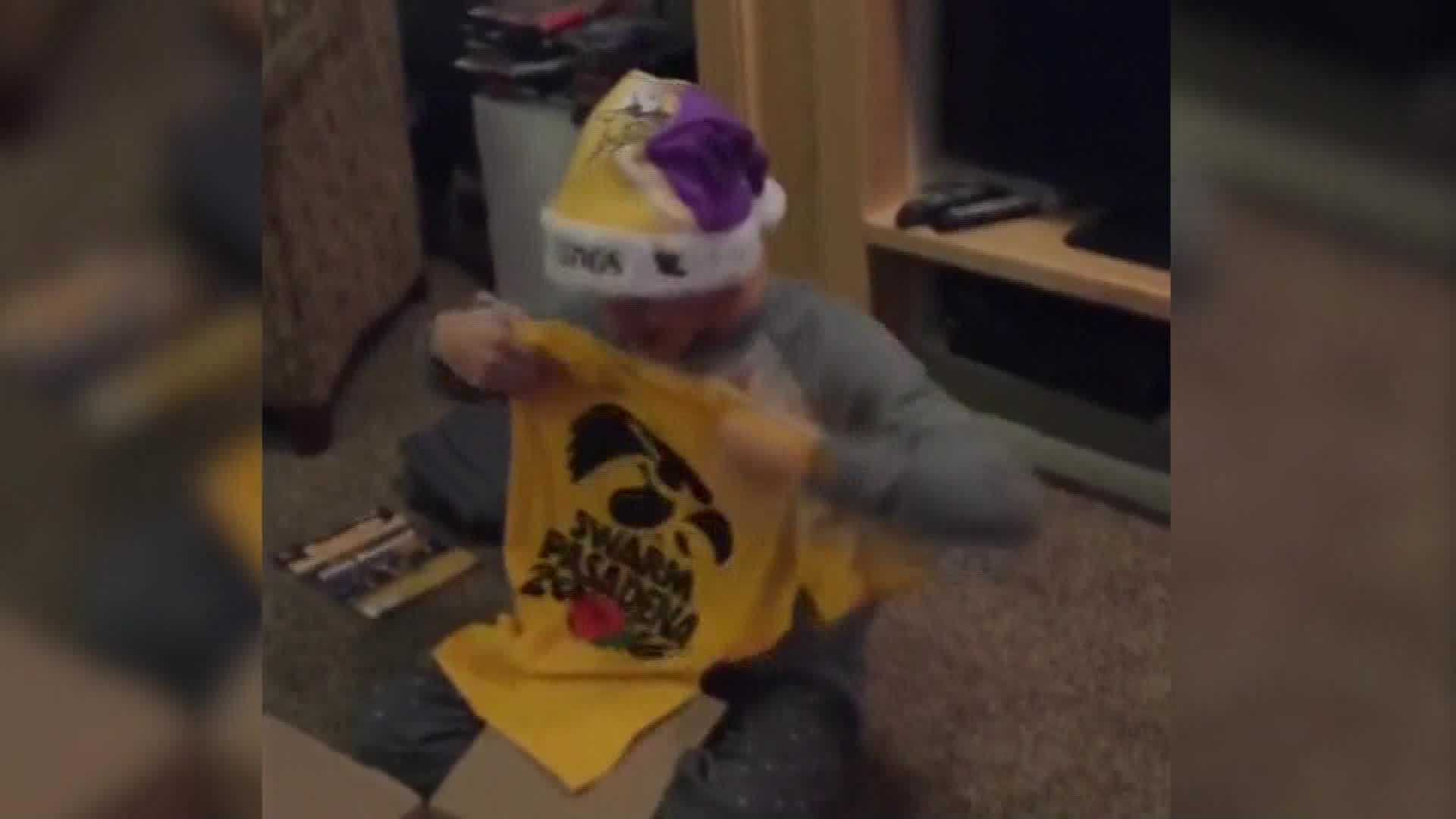 A Waukee teen received the biggest surprise this Christmas: tickets to the Rose Bowl.