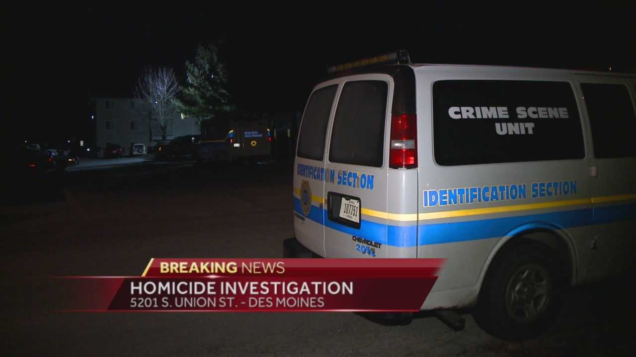 Des Moines Police say a shooting late Sunday night left one man dead and a woman injured.