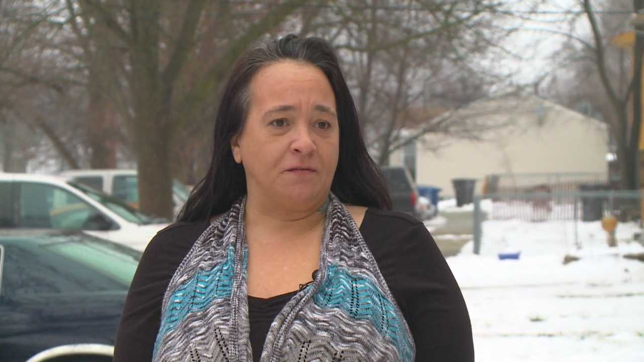 A central Iowa mother paid thousands of dollars to bail her daughter out of jail in time for the holidays. The only problem is she's still locked up in the Polk County Jail.