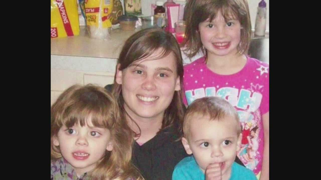 A fire killed a mother and her three young children early Sunday morning in Boxholm.