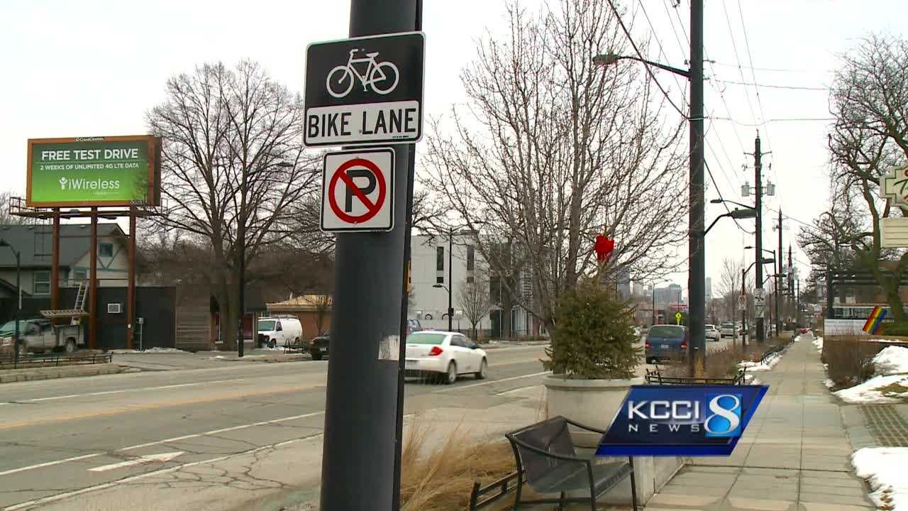 A new bill making its way through the Iowa Senate would require drivers to pass bicycles in an adjacent travel lane.