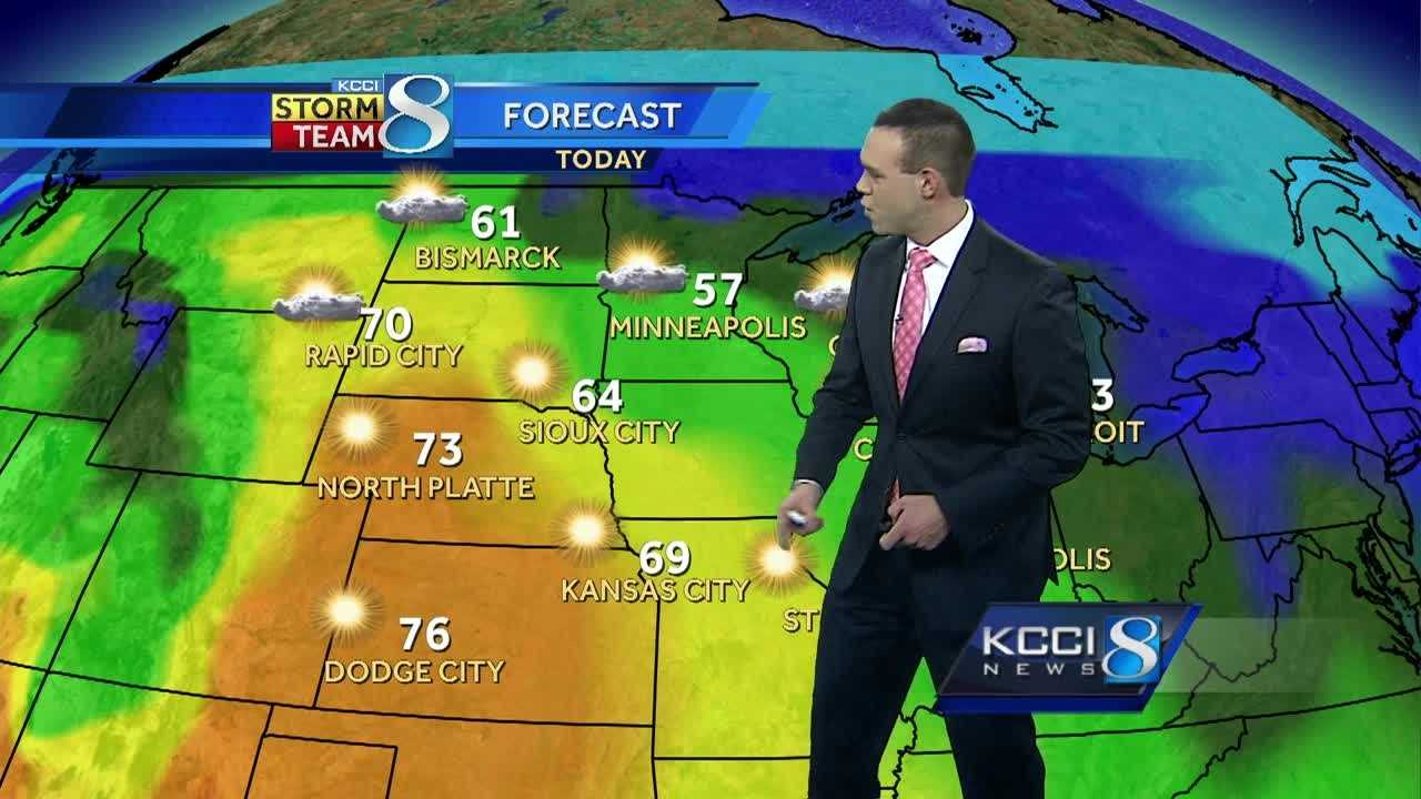 KCCI Meteorologist Frank Scaglione's forecast for Iowa.