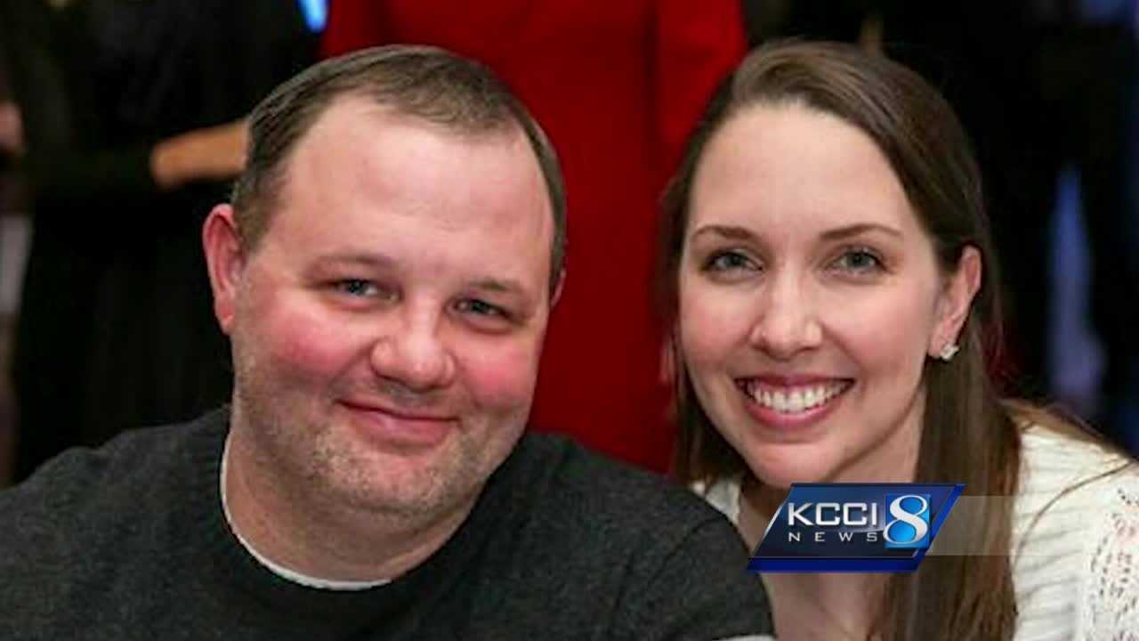 A police officer with Iowa ties in is critical condition Friday.