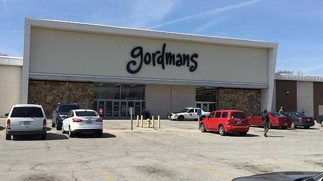 Police report a man wearing a helmet robbed a Gordmans store on Hubbell Avenue in Des Moines.