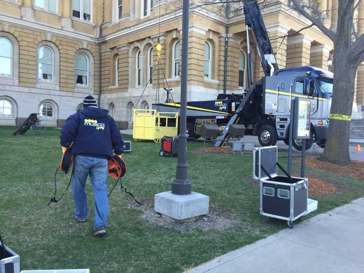 Musco crew works outside the Iowa Statehouse.