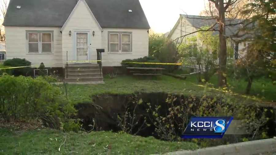 sinkhole continuing to grow