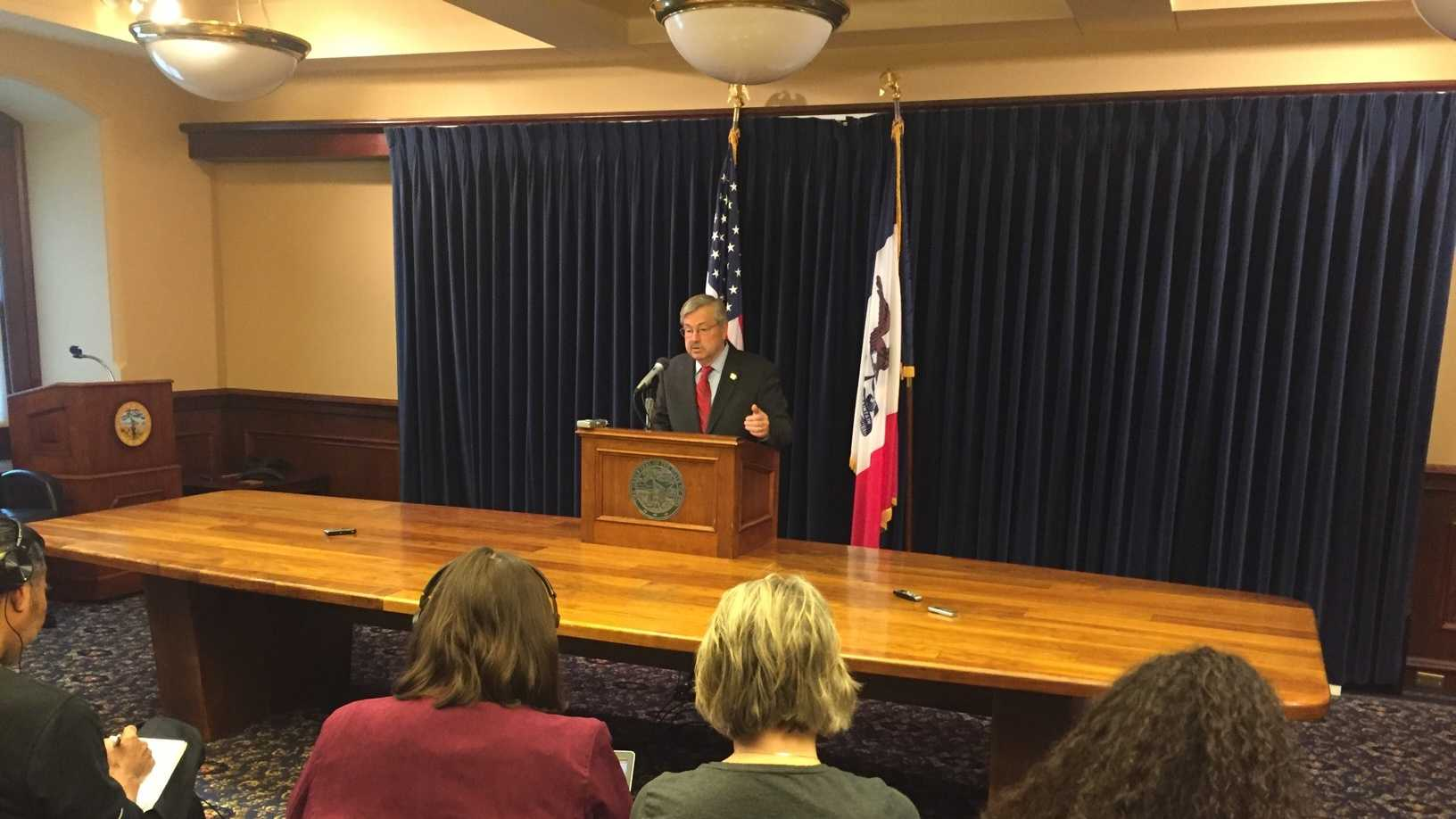 Gov. Terry Branstad weekly news conference