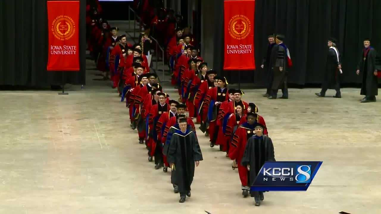 iowa state university record breaking graduation