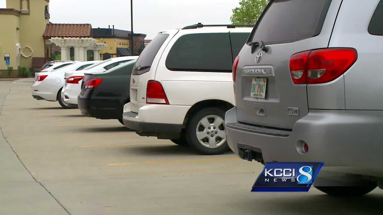 West Des Moines police report at least 22 vehicles have had their license plates stolen in half a dozen locations in the past month.