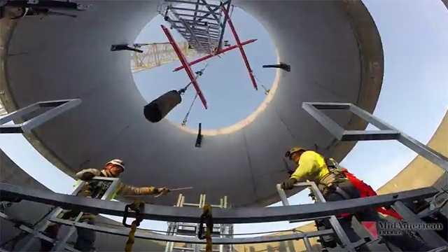 MidAmerican Energy tallest wind tower USA