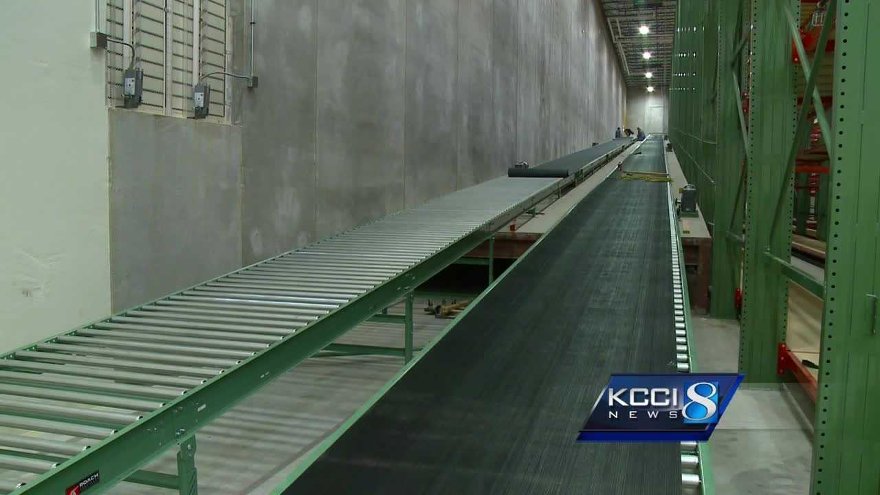 Homemakers Furniture in Urbandale, Iowa is building a 5-acre warehouse and new skywalk furniture conveyor system.