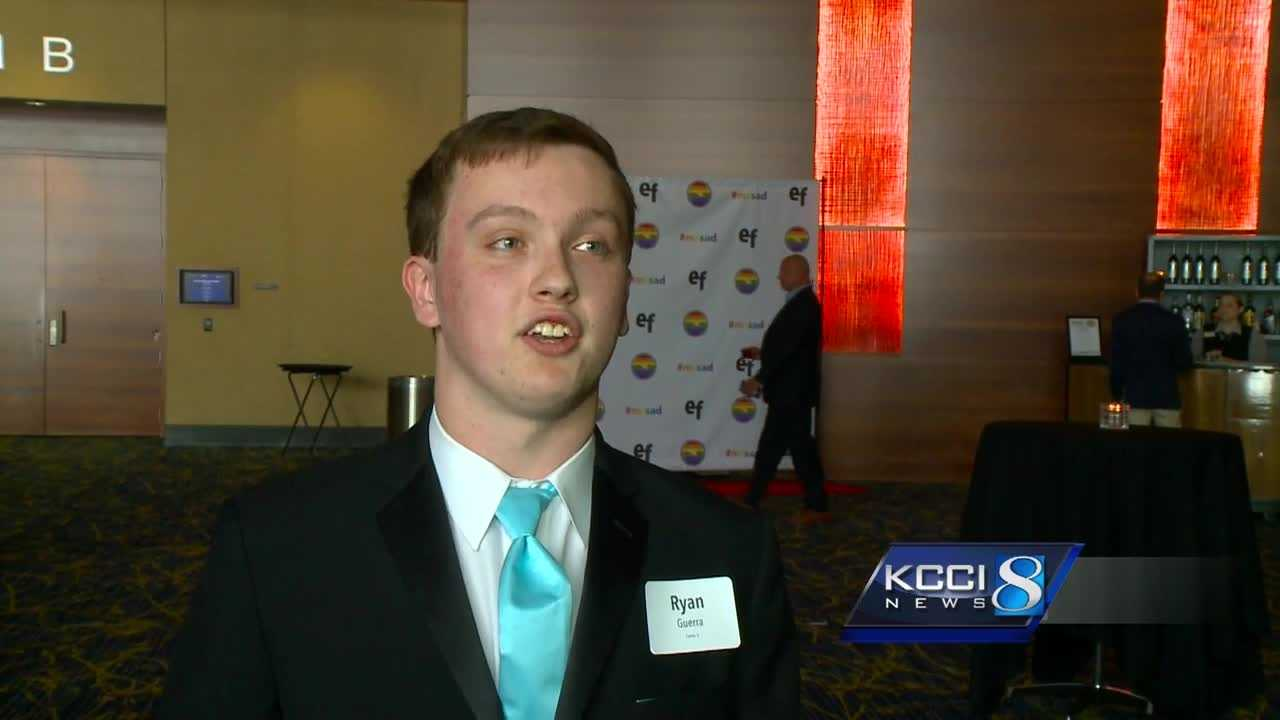 An Iowa teenager is in the news again for another good deed.