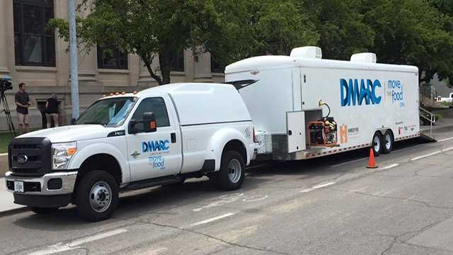 New mobile food pantry will target food deserts in city