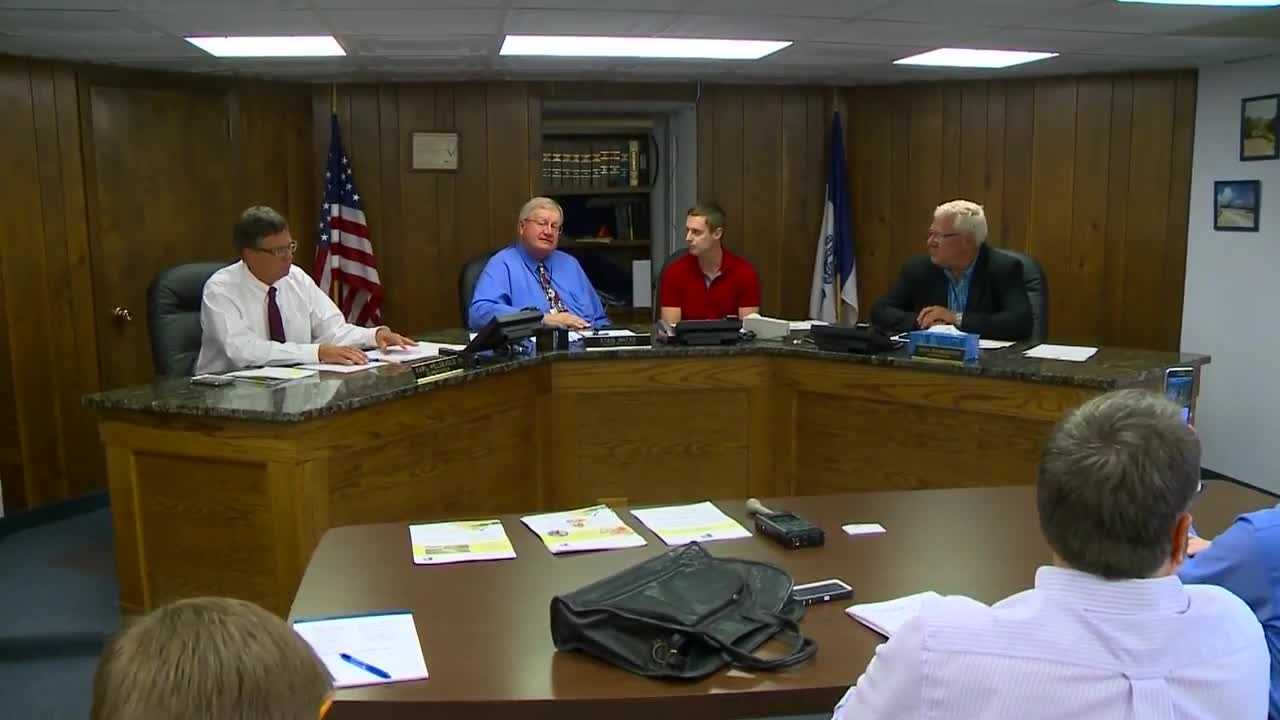 Wright County supervisors announced they are working to bring a Prestage Farms pork processing plant to the southwest corner of the county.