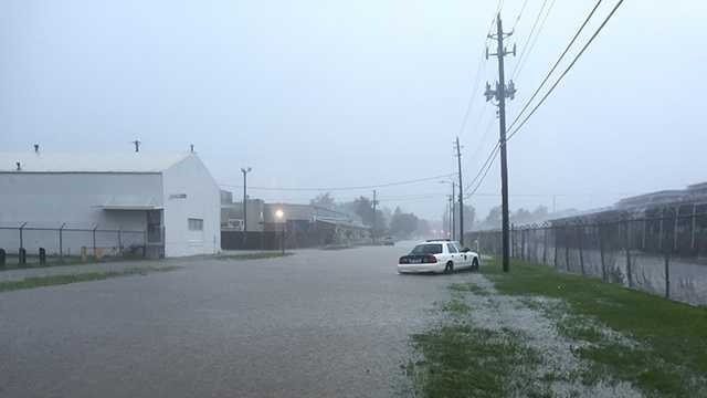 Flooded streets at East 30th and Dean Avenue in Des Moines.