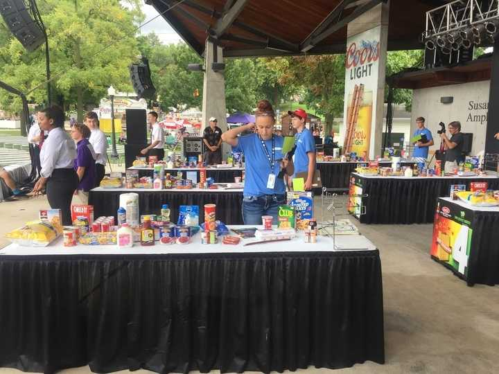 Grocery bagger contest at the Iowa State Fair