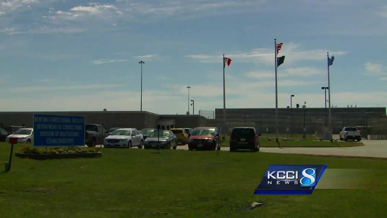 Eight hundred sex offenders have been moved from Mount Pleasant to the Newton Correctional Facility.
