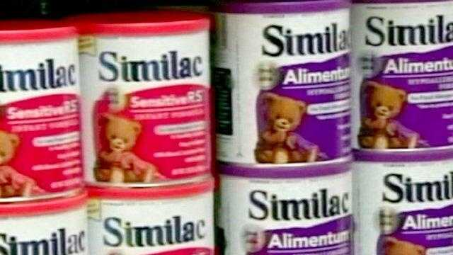 Similac on shelves - 25138992