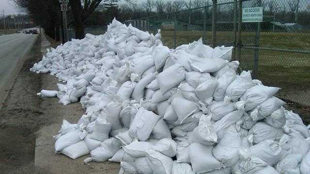 Sandbags At North High School - 22858505
