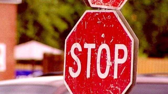 Stop sign old generic - 16954008