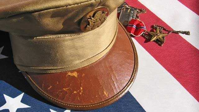 American flag, soldier's hat, Memorial Day, Veterans Day